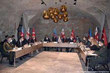 Verteidigungsminister von Aserbaidschan, der Türkei und Georgien unterzeichnen ein Protokoll - Gallery Thumbnail