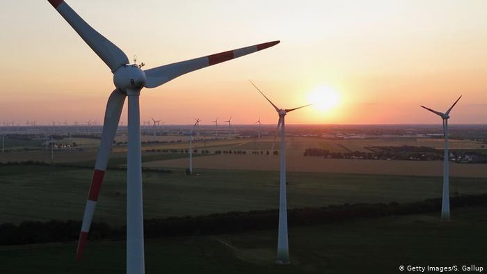 Masdar und ACWA Power werden 4 Windparks in Usbekistan in Betrieb nehmen